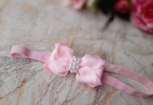 Růžová čelenka